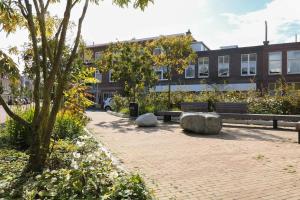 Bekijk appartement te huur in Den Haag De Vriesstraat, € 1350, 92m2 - 376560. Geïnteresseerd? Bekijk dan deze appartement en laat een bericht achter!