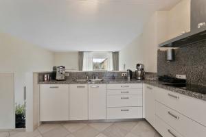 Bekijk woning te huur in Waalwijk Voorweiden: Woning - € 1250, 176m2 - 351522