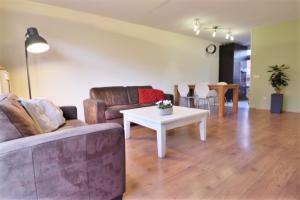 Bekijk woning te huur in Deventer Oudstraat, € 965, 91m2 - 385630. Geïnteresseerd? Bekijk dan deze woning en laat een bericht achter!