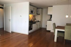 Bekijk appartement te huur in Amsterdam Jan van Duivenvoordestraat, € 1900, 94m2 - 382330. Geïnteresseerd? Bekijk dan deze appartement en laat een bericht achter!
