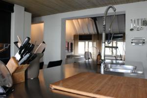 Bekijk appartement te huur in Den Bosch Sint Annaplaats, € 1550, 115m2 - 385498. Geïnteresseerd? Bekijk dan deze appartement en laat een bericht achter!