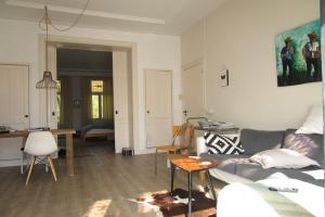 Bekijk appartement te huur in Utrecht Tolsteegsingel, € 1375, 75m2 - 359597. Geïnteresseerd? Bekijk dan deze appartement en laat een bericht achter!