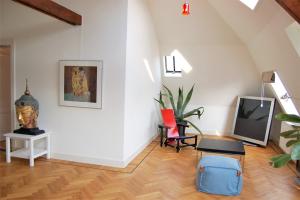 Bekijk appartement te huur in Nuenen Berg, € 1214, 80m2 - 388411. Geïnteresseerd? Bekijk dan deze appartement en laat een bericht achter!