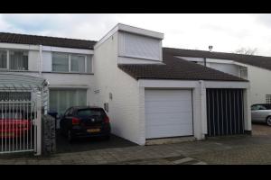 Bekijk woning te huur in Tilburg Hoevelakenstraat, € 1150, 186m2 - 293336. Geïnteresseerd? Bekijk dan deze woning en laat een bericht achter!