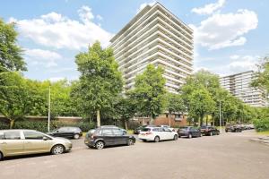 Bekijk appartement te huur in Utrecht Azielaan, € 1245, 112m2 - 366124. Geïnteresseerd? Bekijk dan deze appartement en laat een bericht achter!