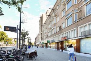 Bekijk appartement te huur in Rotterdam Vierambachtsstraat, € 950, 87m2 - 367921. Geïnteresseerd? Bekijk dan deze appartement en laat een bericht achter!