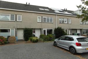 Bekijk woning te huur in Amstelveen A.d. Vrieslaan, € 2100, 150m2 - 353043. Geïnteresseerd? Bekijk dan deze woning en laat een bericht achter!