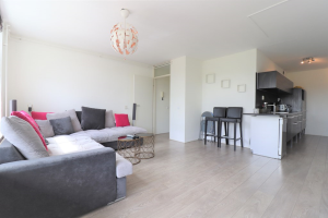 Bekijk appartement te huur in Amsterdam Tielstraat, € 1400, 65m2 - 395311. Geïnteresseerd? Bekijk dan deze appartement en laat een bericht achter!