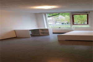 View room for rent in Rotterdam Meekrapstraat, € 600, 15m2 - 379663. Interested? check out this room and leave a message!