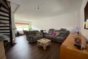 For rent: House Vincent van Goghstraat, Dordrecht - 1