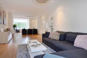 Bekijk appartement te huur in Den Haag Thomas Schwenckestraat, € 1450, 85m2 - 374138. Geïnteresseerd? Bekijk dan deze appartement en laat een bericht achter!
