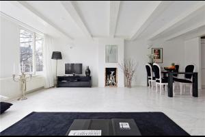 Bekijk appartement te huur in Amsterdam Keizersgracht, € 2500, 101m2 - 288110. Geïnteresseerd? Bekijk dan deze appartement en laat een bericht achter!