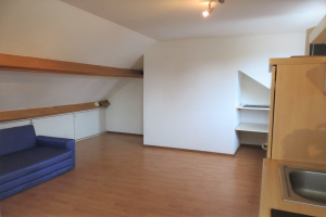 View room for rent in Maastricht Meerssenerweg, € 400, 60m2 - 391391. Interested? check out this room and leave a message!