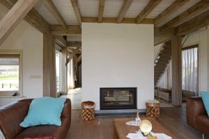 Bekijk woning te huur in Sint Jansklooster Zuurbeek, € 1850, 184m2 - 343179. Geïnteresseerd? Bekijk dan deze woning en laat een bericht achter!