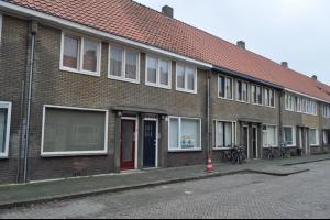 Bekijk studio te huur in Eindhoven Madeliefstraat, € 550, 35m2 - 293015. Geïnteresseerd? Bekijk dan deze studio en laat een bericht achter!
