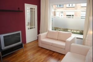 Bekijk appartement te huur in Den Haag Anjelierstraat, € 895, 62m2 - 327592. Geïnteresseerd? Bekijk dan deze appartement en laat een bericht achter!