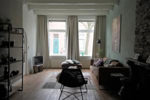 Bekijk appartement te huur in Dordrecht Lombokstraat, € 950, 90m2 - 354825. Geïnteresseerd? Bekijk dan deze appartement en laat een bericht achter!