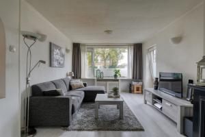 Te huur: Appartement Henriette Roland Holsthof, Weesp - 1