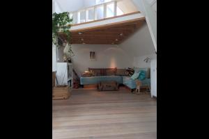 Bekijk appartement te huur in Amsterdam Windroosplein, € 1800, 90m2 - 299118. Geïnteresseerd? Bekijk dan deze appartement en laat een bericht achter!