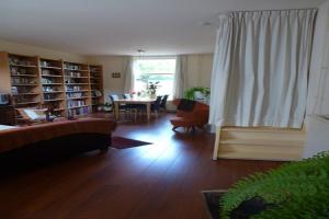 Bekijk woning te huur in Leiden Rijnzichtstraat, € 1350, 100m2 - 395278. Geïnteresseerd? Bekijk dan deze woning en laat een bericht achter!