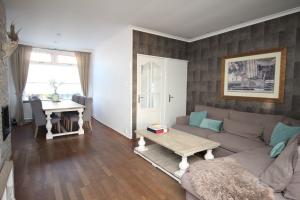 Bekijk woning te huur in Hengelo Ov Sloetsweg, € 925, 110m2 - 326491. Geïnteresseerd? Bekijk dan deze woning en laat een bericht achter!