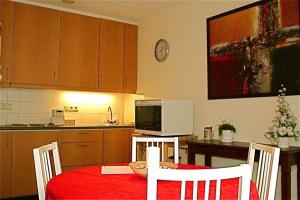 Bekijk appartement te huur in Maastricht L. Barakken, € 1150, 65m2 - 353684. Geïnteresseerd? Bekijk dan deze appartement en laat een bericht achter!