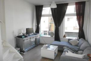 Bekijk appartement te huur in Haarlem Schoterweg, € 1400, 80m2 - 359703. Geïnteresseerd? Bekijk dan deze appartement en laat een bericht achter!