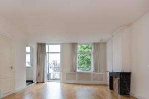 Bekijk appartement te huur in Amsterdam Stadhouderskade, € 1750, 75m2 - 374136. Geïnteresseerd? Bekijk dan deze appartement en laat een bericht achter!