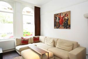 Bekijk appartement te huur in Amsterdam Rustenburgerstraat, € 1800, 58m2 - 392756. Geïnteresseerd? Bekijk dan deze appartement en laat een bericht achter!