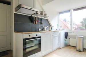 Bekijk appartement te huur in Den Haag Laan van Poot, € 1450, 50m2 - 376287. Geïnteresseerd? Bekijk dan deze appartement en laat een bericht achter!