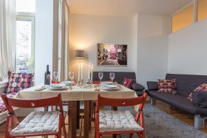 Bekijk appartement te huur in Amsterdam Koninginneweg, € 1550, 55m2 - 357793. Geïnteresseerd? Bekijk dan deze appartement en laat een bericht achter!