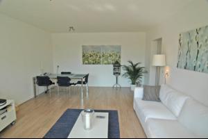 Bekijk appartement te huur in Breda Adriaan van Bergenstraat, € 995, 56m2 - 289922. Geïnteresseerd? Bekijk dan deze appartement en laat een bericht achter!