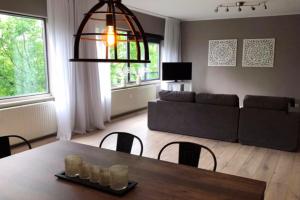 Bekijk appartement te huur in Rotterdam 's-Gravendijkwal, € 1950, 113m2 - 377189. Geïnteresseerd? Bekijk dan deze appartement en laat een bericht achter!