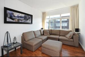 Bekijk woning te huur in Den Haag Jurriaan Kokstraat, € 1750, 140m2 - 282341. Geïnteresseerd? Bekijk dan deze woning en laat een bericht achter!