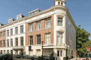 Bekijk appartement te huur in Den Haag Van de Spiegelstraat, € 2250, 125m2 - 372921. Geïnteresseerd? Bekijk dan deze appartement en laat een bericht achter!