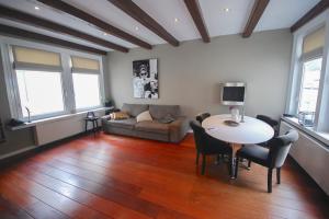 Bekijk appartement te huur in Amsterdam Prinsengracht, € 1950, 75m2 - 380171. Geïnteresseerd? Bekijk dan deze appartement en laat een bericht achter!