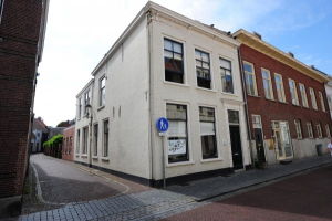 View house for rent in Bergen Op Zoom Blauwehandstraat, € 975, 129m2 - 326885. Interested? check out this house and leave a message!