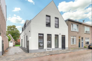 View house for rent in Breda Saksen Weimarlaan, € 2999, 260m2 - 387291. Interested? check out this house and leave a message!
