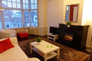 Bekijk appartement te huur in Den Haag Paviljoensgracht, € 1550, 120m2 - 362420. Geïnteresseerd? Bekijk dan deze appartement en laat een bericht achter!