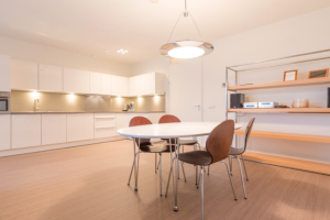 Bekijk appartement te huur in Amsterdam C. MacGillavrylaan, € 1750, 90m2 - 354870. Geïnteresseerd? Bekijk dan deze appartement en laat een bericht achter!