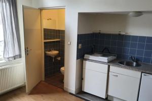 For rent: Studio Rozemarijnstraat, Breda - 1