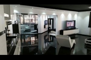 Bekijk appartement te huur in Haarlem Sandenburg, € 1250, 100m2 - 253106. Geïnteresseerd? Bekijk dan deze appartement en laat een bericht achter!
