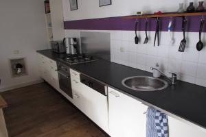 Bekijk appartement te huur in Utrecht Lange Jufferstraat, € 1350, 75m2 - 394130. Geïnteresseerd? Bekijk dan deze appartement en laat een bericht achter!