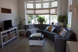 Bekijk woning te huur in Soest Eikenlaan, € 1990, 200m2 - 374660. Geïnteresseerd? Bekijk dan deze woning en laat een bericht achter!