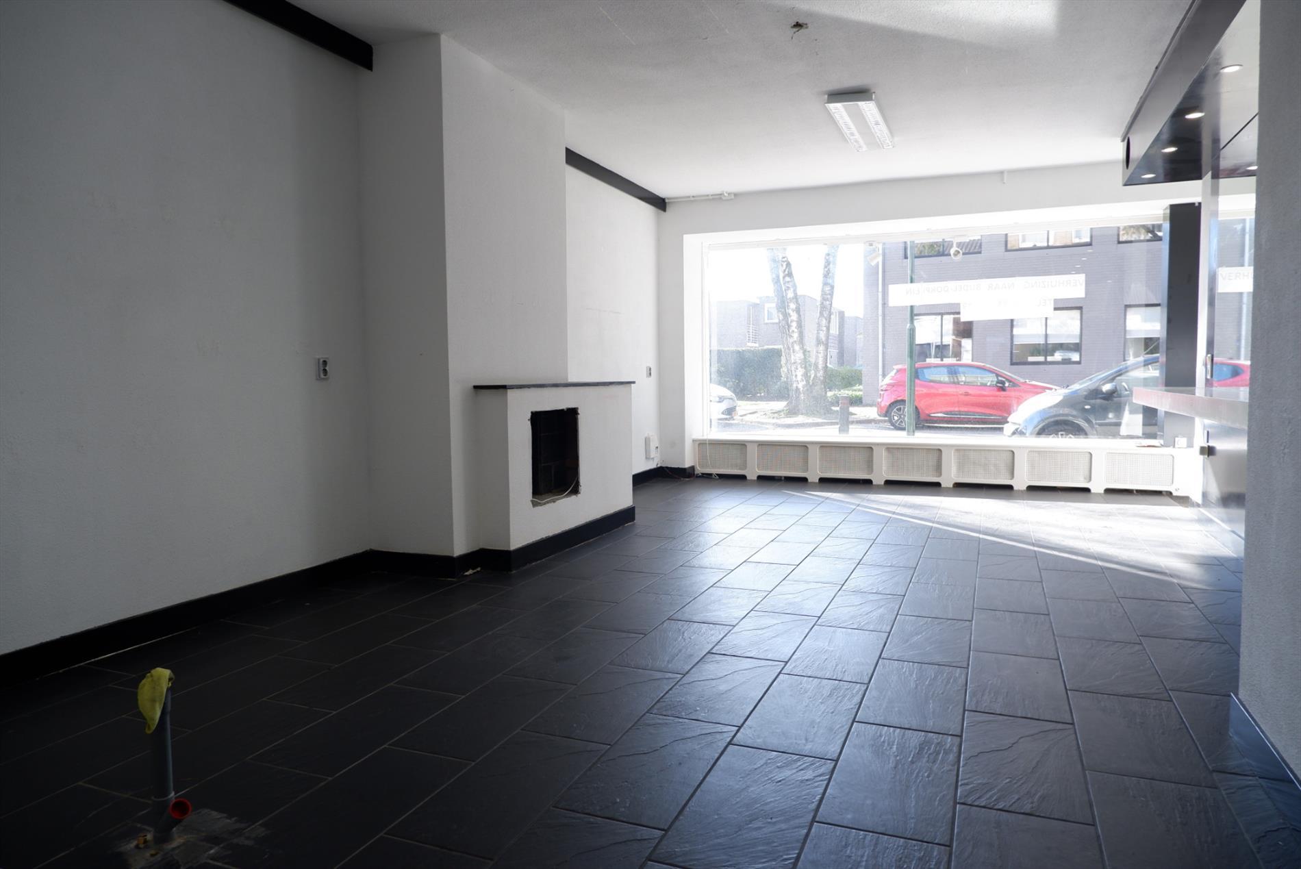 Te huur: Studio Burg. Remmenstraat, Budel - 1