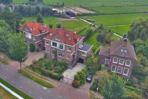 Bekijk appartement te huur in Amstelveen Amsteldijk Noord, € 2250, 140m2 - 341821. Geïnteresseerd? Bekijk dan deze appartement en laat een bericht achter!