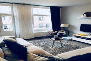Bekijk appartement te huur in Amsterdam G.v. Prinstererstraat, € 2395, 89m2 - 362150. Geïnteresseerd? Bekijk dan deze appartement en laat een bericht achter!