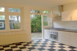 Bekijk appartement te huur in Amsterdam Antillenstraat, € 1650, 63m2 - 380263. Geïnteresseerd? Bekijk dan deze appartement en laat een bericht achter!