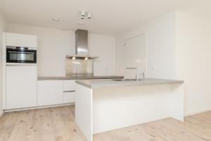 Bekijk appartement te huur in Rijswijk Zh V. Vollenhovenlaan, € 1350, 93m2 - 364397. Geïnteresseerd? Bekijk dan deze appartement en laat een bericht achter!