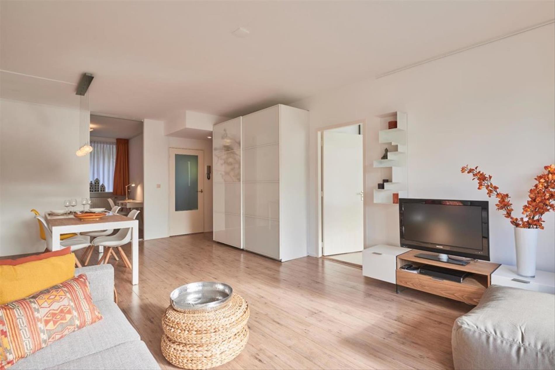 Te huur: Appartement Arent Janszoon Ernststraat, Amsterdam - 2